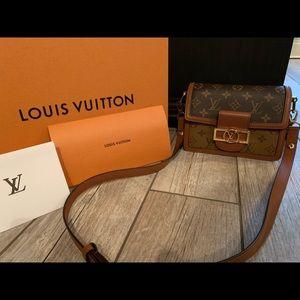 Louis Vuitton Mini Dauphine purse